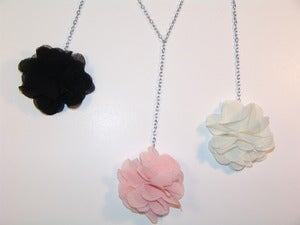 Image of Chic Flower Dangle Necklace