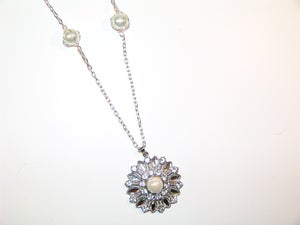 Image of Pearl Jewel Ornate Necklace