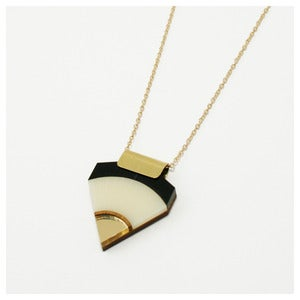 Image of Sun Point Necklace - Cream