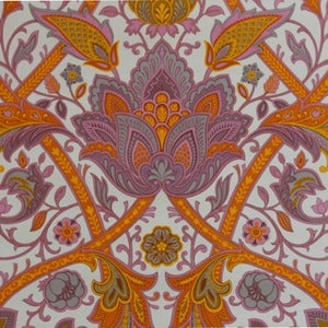 Image of Wallpaper/paisley