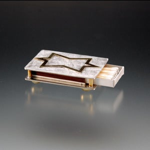 Image of Matchbox holder with Star