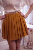 Image of Twist & Shout Shorts (mustard)