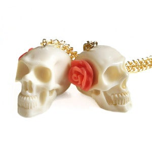 Image of Skull & Rose Necklace