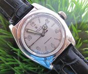 Image of VINTAGE ROLEX BUBBLEBACK OYSTER PERPETUAL CHRONOMETER AUTO STEEL - SOLD!