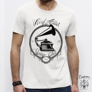 Image of T-shirt Vinyl Addict Vintage Club by Dadawan