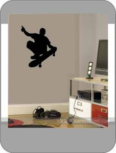 Image of Skateboard Silhouette
