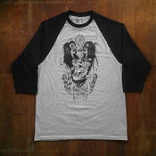 Image of Sky Highest 3/4 Sleeve Raglan grey/black