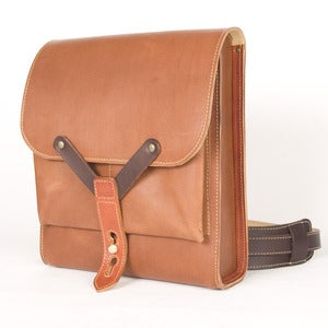 Image of Hunting leather shoulder strap bag Tan