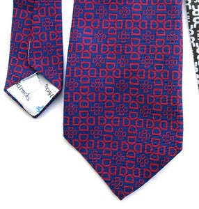 "Image of Vintage 1971 David Hicks Tie, Geometrically Monogrammed ""D"""