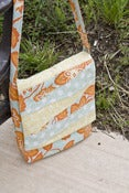 Image of Zoe Messenger Bag - Physical Pattern
