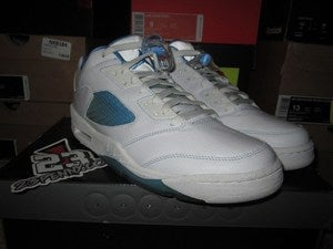 "Image of Air Jordan V (5) Retro Low WMNS ""University Blue"""