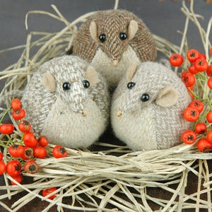 Image of Harvest Mouse Paperweight