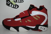"Image of Nike Air Diamond Turf II ""49ers"" (GS)"