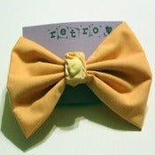 Image of Peach Cat Bow (Medium)
