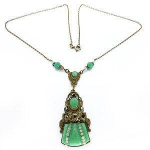 Image of Vintage Art Deco Czech Green Peking Glass Gilt Faux Pearl Floral Decorative Chain Necklace