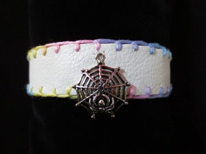 Image of WHITE FAUX LEATHER COLLAR W/ Spider
