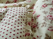 Image of Tanya Red Roses And Red Dot Single Frilled Eiderdown