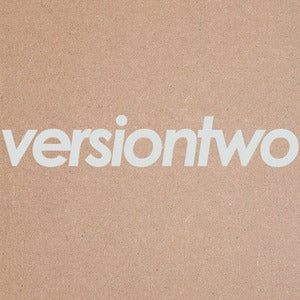 Image of Versiontwo 18""