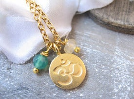 OHM green stones necklace/ 24k goldplated