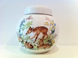 Image of VINTAGE DEER CHINA POT