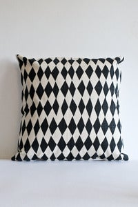Image of Skinny Laminx cotton cushion