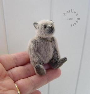 "Image of Miniature 2 1/2""Collectible Artist Bear 'Bruno' by Aerlinn Bears"