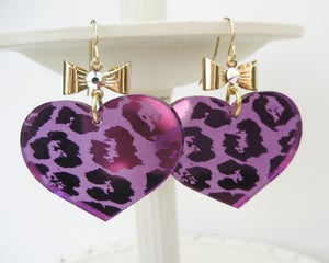 Image of Leopard Heart Earrings - Purple