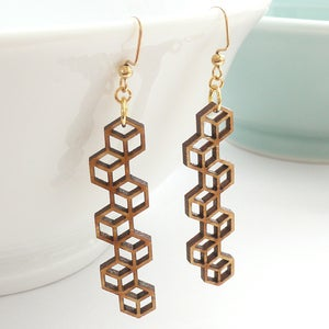 Image of Honeycomb Stringbean Earrings