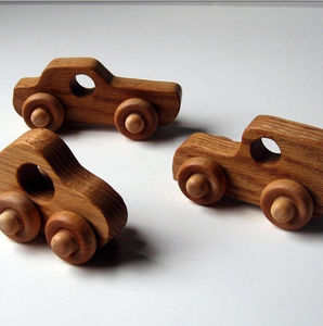 Image of Hand Crafted Wooden Cars (Oak)