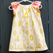 Image of Raglan Shift Dress in sunny days