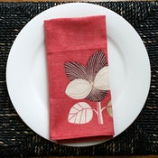 Image of CONTEMPORARY BOTANICAL Pink linen napkins set of 4