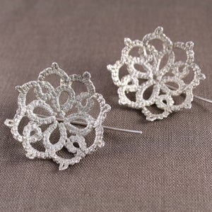 Image of agatha doily earrings