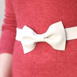 Image of White Bow Belt