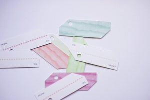 Image of Woodgrain Gift Tags