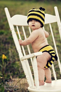 Image of Honey Bee hat crochet pattern