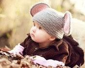Шапочка с ушками для детей - описание вязания на спицах.