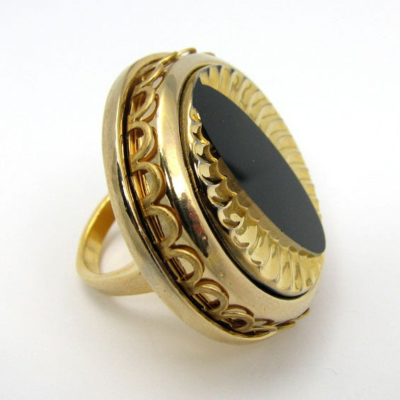 Cat Eye-Spy Vintage Glass Cocktail Ring