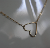 Image of heart on a string