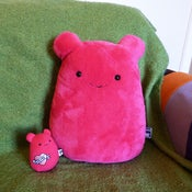 Image of Pink Cavey Pillow