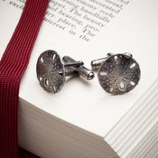 Image of Sand Dollar cufflinks