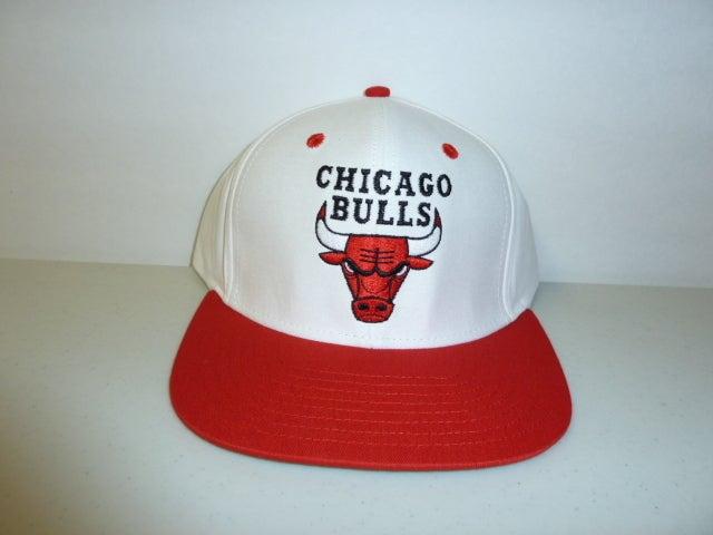 chicago bulls snapback white. Vintage Chicago Bulls Snapback