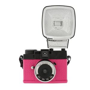 Image of Lomography Diana Mini En Rose (with Flash)