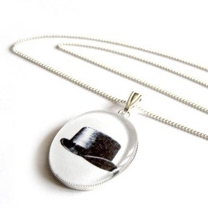 Image of The Invisible Gentleman Necklace