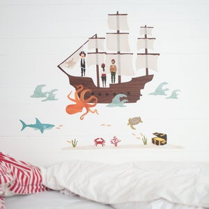 Image of Pirate Ship / Bateau de pirate