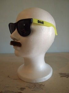 Image of NEON YELLOW 'RELAX' SUNGLASSES