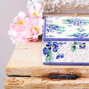 Image of Vintage Violet Box