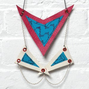 Image of TRILATERAL NECKLACE No LUCKY 013