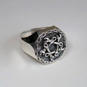 Image of Dark+Dawn x Silverlake Customs Ring<br /><br />