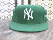 Image of New York Yankees New Era Fitted Size 7 7/8