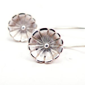 Image of Hanging Daisy Sterling Silver Earrings